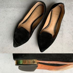 TORY BURCH • pointed toe gold plated heel flat